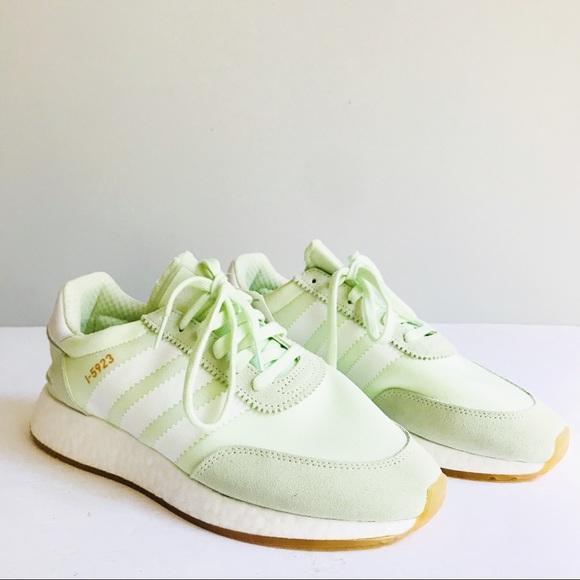 Zapatillas adidas Originals i5923 Iniki corriendo zapatos poshmark